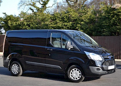 2016/16 Ford Transit Custom Trend 290 2.2TDCI 125 ps with A/C Panther black