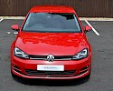 2016/16 Volkswagen Golf 1.6TDI 105ps Bluemotion Highline 5 Door Red Metallic 2