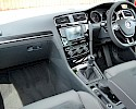 2016/16 Volkswagen Golf 1.6TDI 105ps Bluemotion Highline 5 Door Red Metallic 8