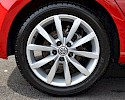 2016/16 Volkswagen Golf 1.6TDI 105ps Bluemotion Highline 5 Door Red Metallic 7