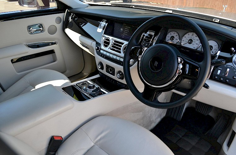 2011/60 Rolls Royce Ghost 9