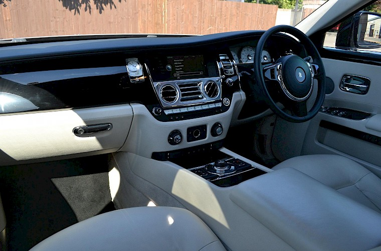 2011/60 Rolls Royce Ghost 10