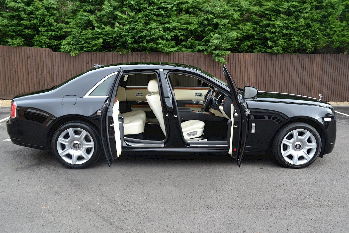 2010/10 Rolls Royce Ghost 12