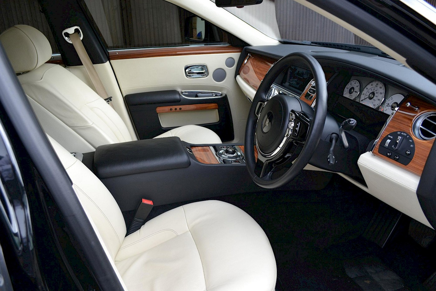 2010/10 Rolls Royce Ghost 14