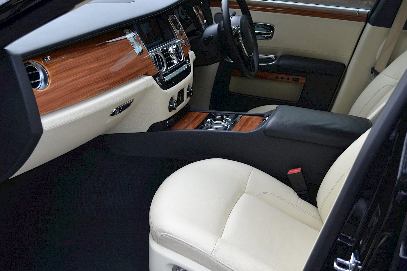2010/10 Rolls Royce Ghost 15