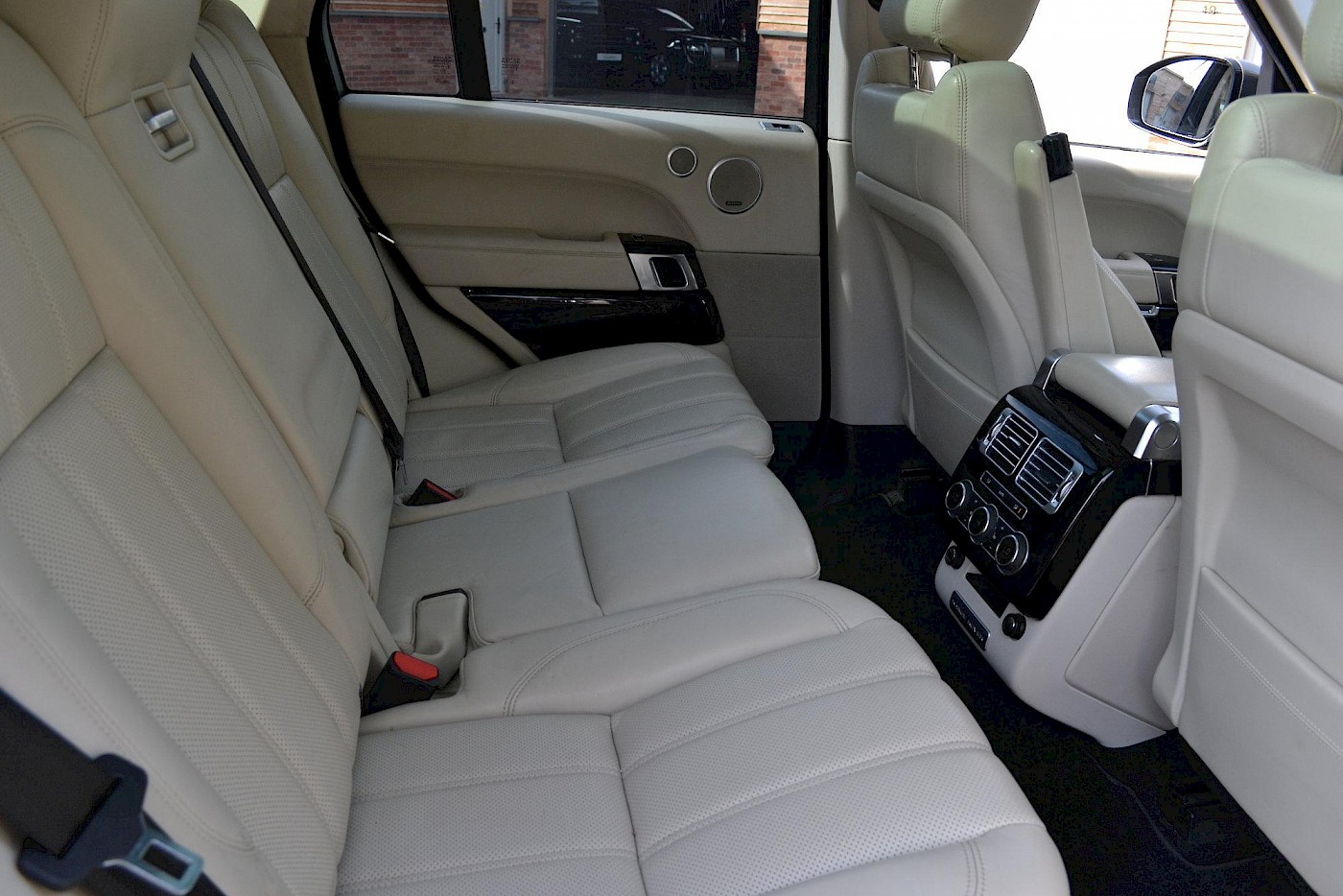 2013/13 Land Rover Range Rover Vogue 4.4 17