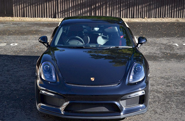 New & Unregistered Porsche Cayman GT4 13