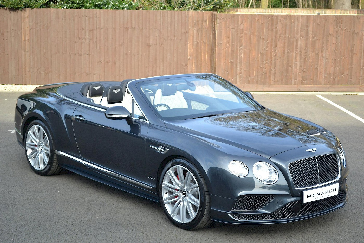 2016/16 Bentley Continental GT Speed convertible 1