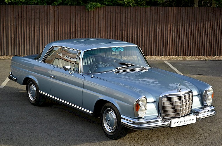 1971 RHD Mercedes-Benz 280 SE 3.5 V8 Coupe 3
