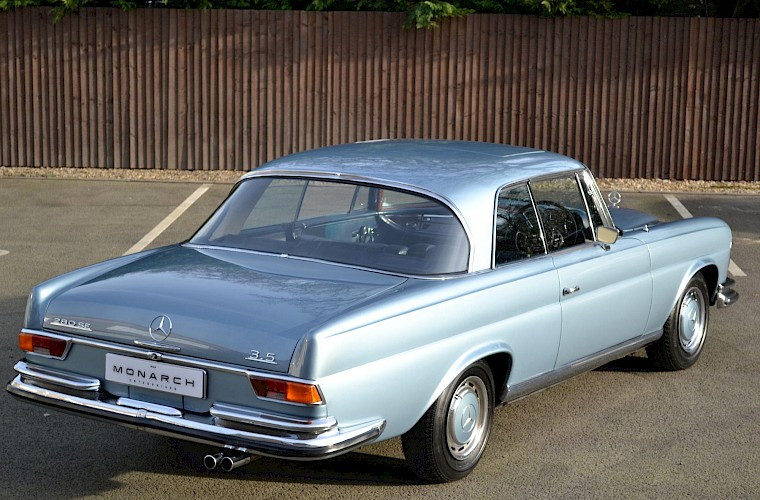 1971 RHD Mercedes-Benz 280 SE 3.5 V8 Coupe 9