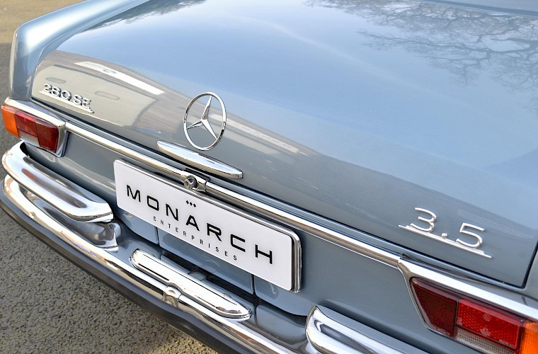 1971 RHD Mercedes-Benz 280 SE 3.5 V8 Coupe 15