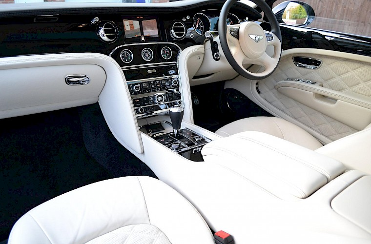 2014/63 Bentley Mulsanne Mulliner Driving specification 18