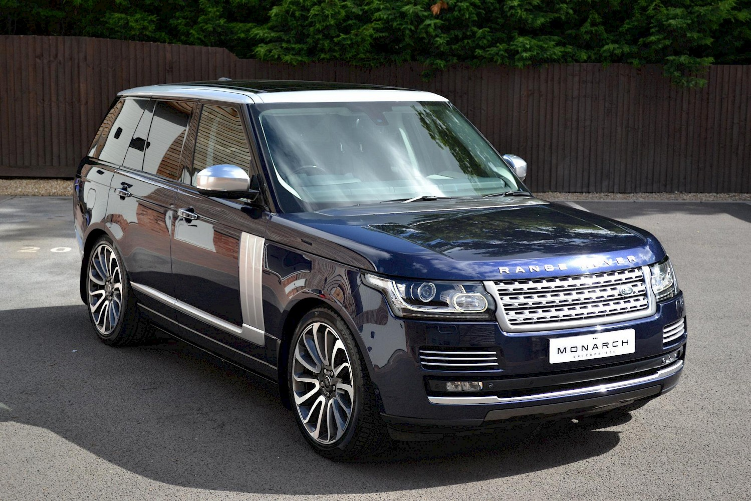 2013 63 land rover range rover 4 4 autobiography cars monarch enterprises. Black Bedroom Furniture Sets. Home Design Ideas