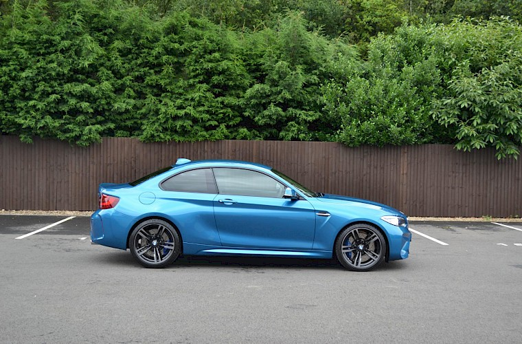 2017/17 BMW M2 Coupe DCT 8