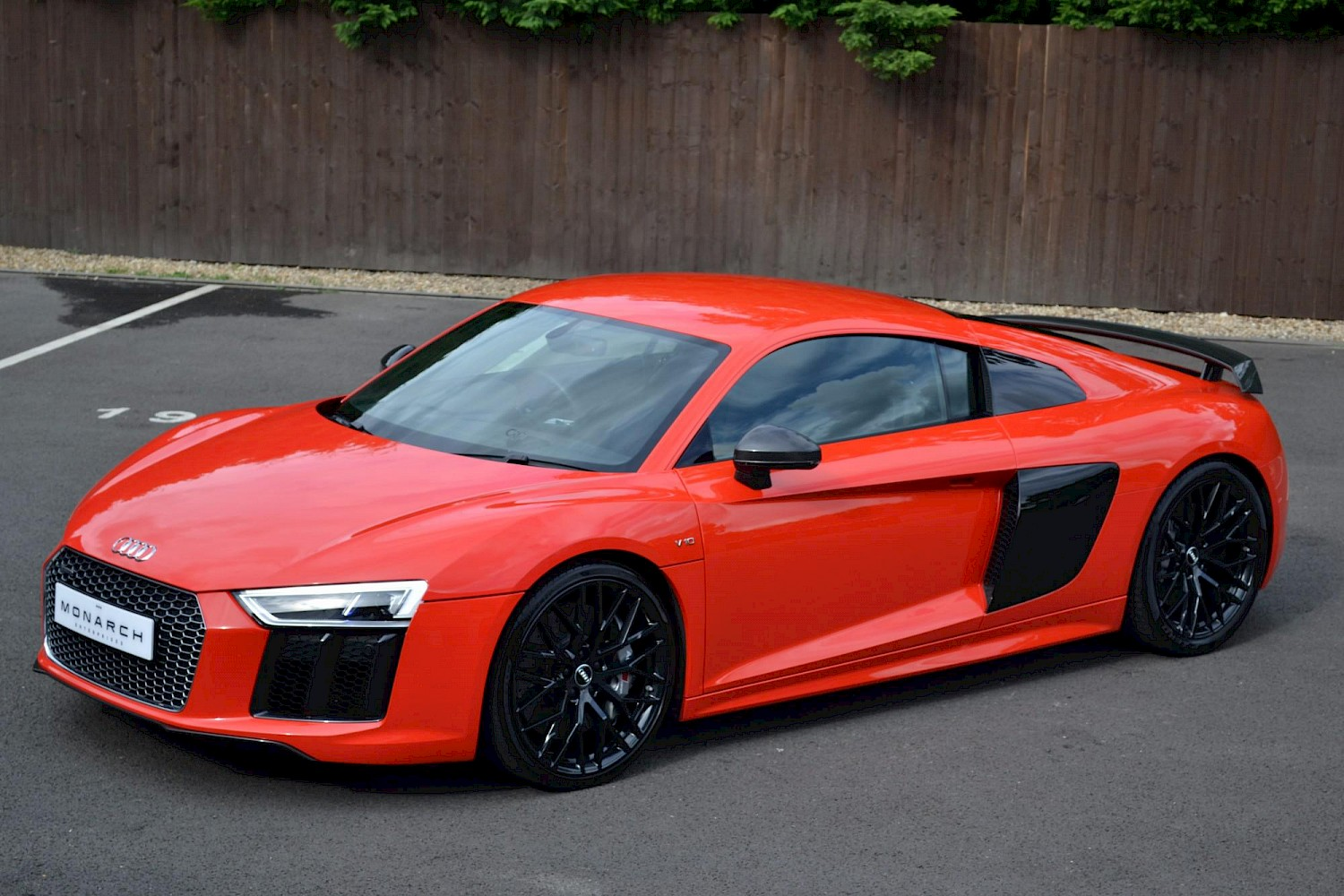 2016 16 audi r8 v10 plus 5 2 v10 610ps s tronic cars. Black Bedroom Furniture Sets. Home Design Ideas