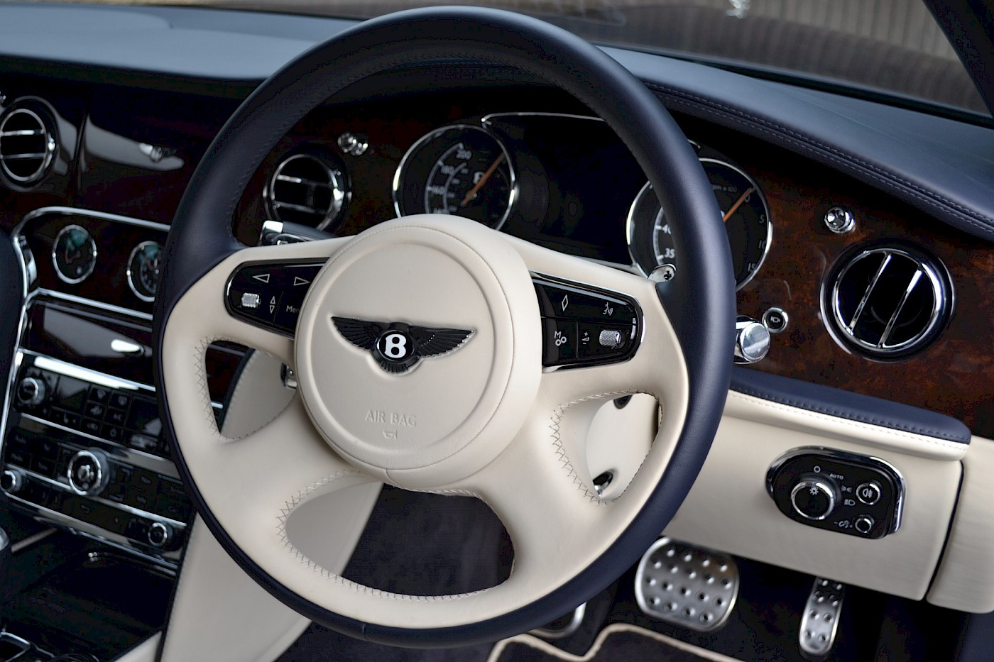 2015/64 Bentley Mulsanne Speed 20