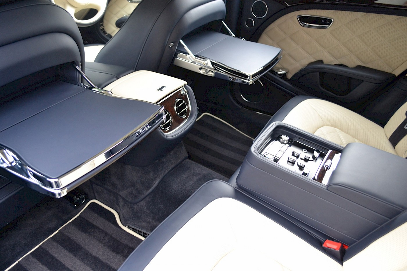 2015/64 Bentley Mulsanne Speed 35