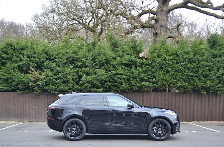 2017/67 Land Rover Range Rover Velar R-Dynamic HSE 3.0 Supercharge 380 9
