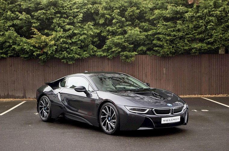 2016/16 BMW i8 Coupe 4
