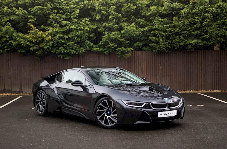 2016/16 BMW i8 Coupe 6