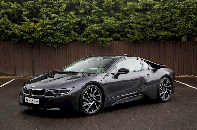 2016/16 BMW i8 Coupe 5