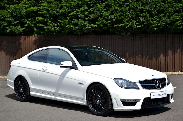2012/62 Mercedes-Benz C63 AMG Coupe 6