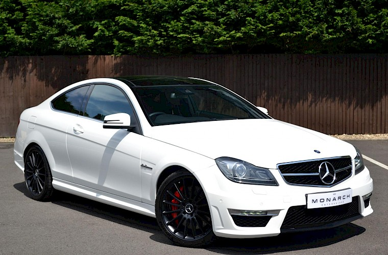2012/62 Mercedes-Benz C63 AMG Coupe 4