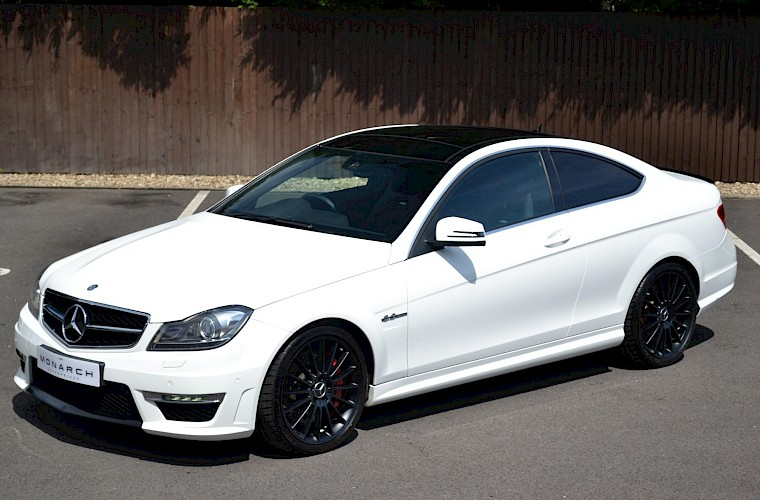 2012/62 Mercedes-Benz C63 AMG Coupe 3