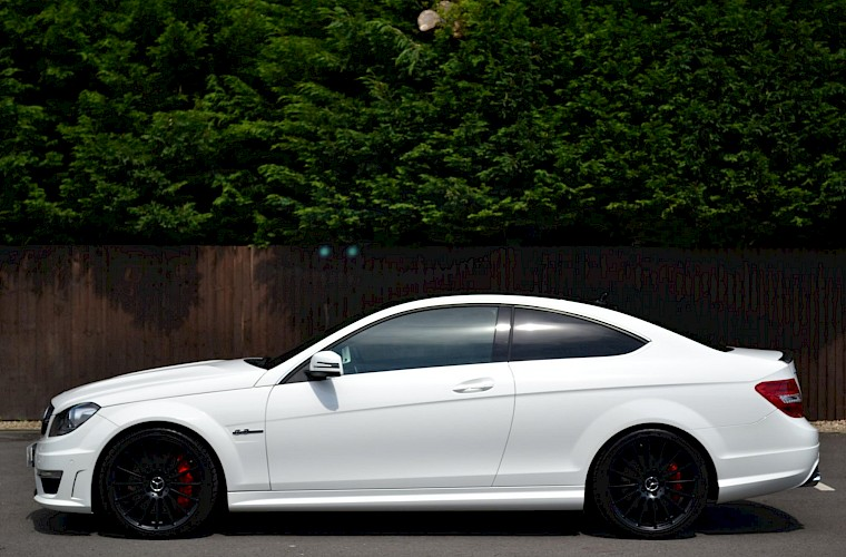 2012/62 Mercedes-Benz C63 AMG Coupe 12