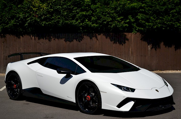 2017/67 Lamborghini Huracan Performante LP640-4 5