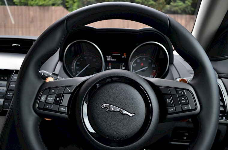 2014/14 Jaguar F-Type 3.0 Supercharged 44