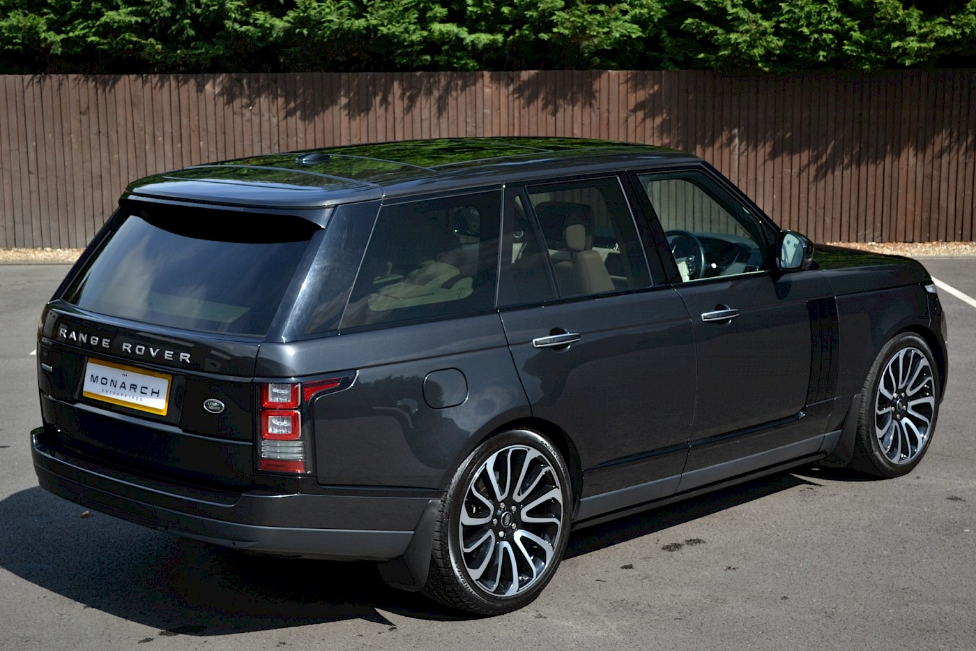 2014/64 Land Rover Range Rover 4.4 Autobiography 7