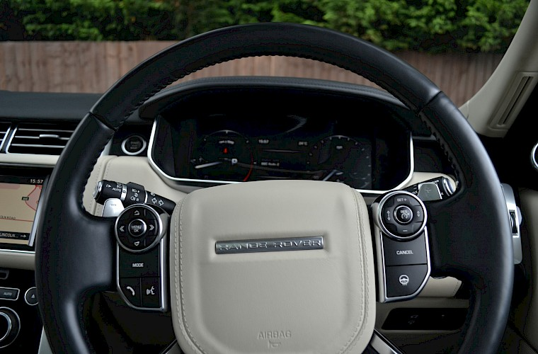 2014/64 Land Rover Range Rover 4.4 Autobiography 51