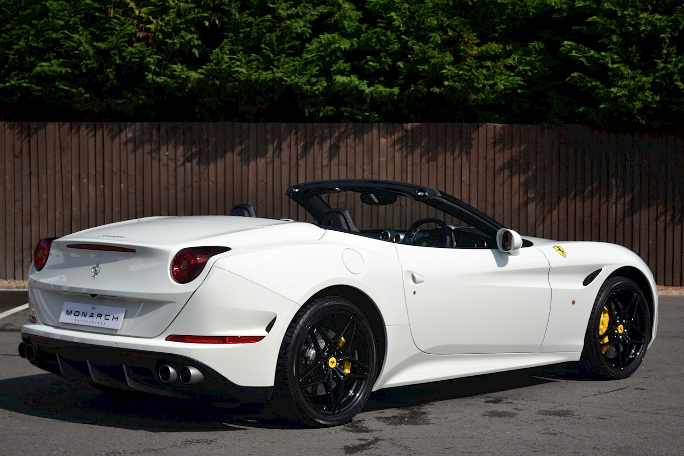 2016/16 Ferrari California T 13