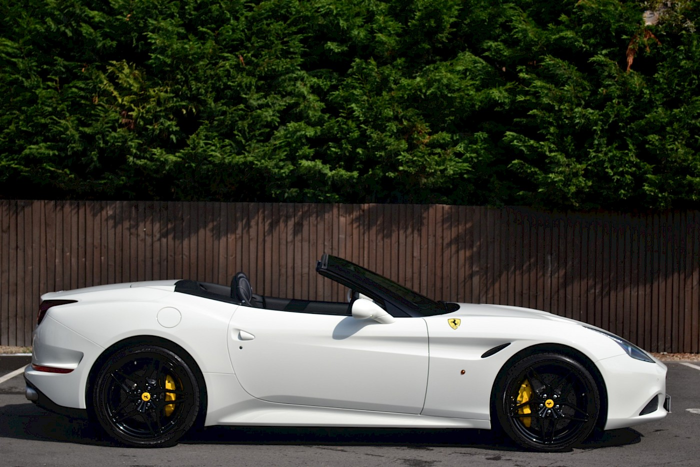 2016/16 Ferrari California T 9
