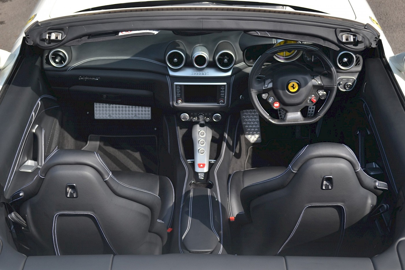 2016/16 Ferrari California T 25