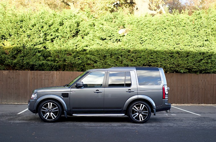 2014/64 Land Rover Discovery Commercial SDV6 SMC Overland 12