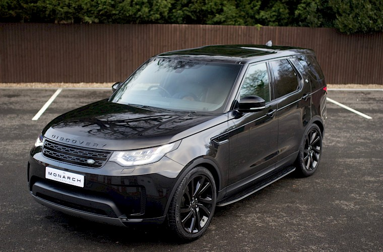 2017/17 Land Rover Discovery HSE TD6 2