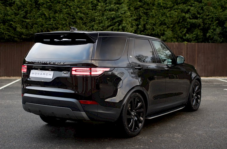 2017/17 Land Rover Discovery HSE TD6 13