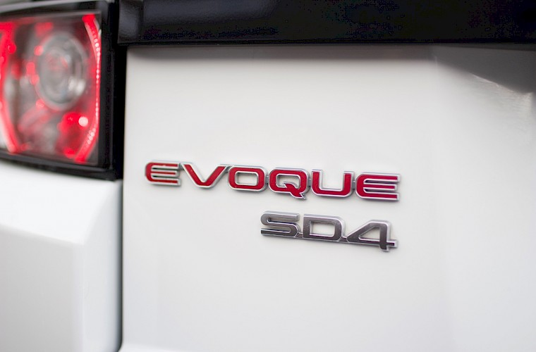 2013/13 Range Rover Evoque Dynamic Luxury SD4 21