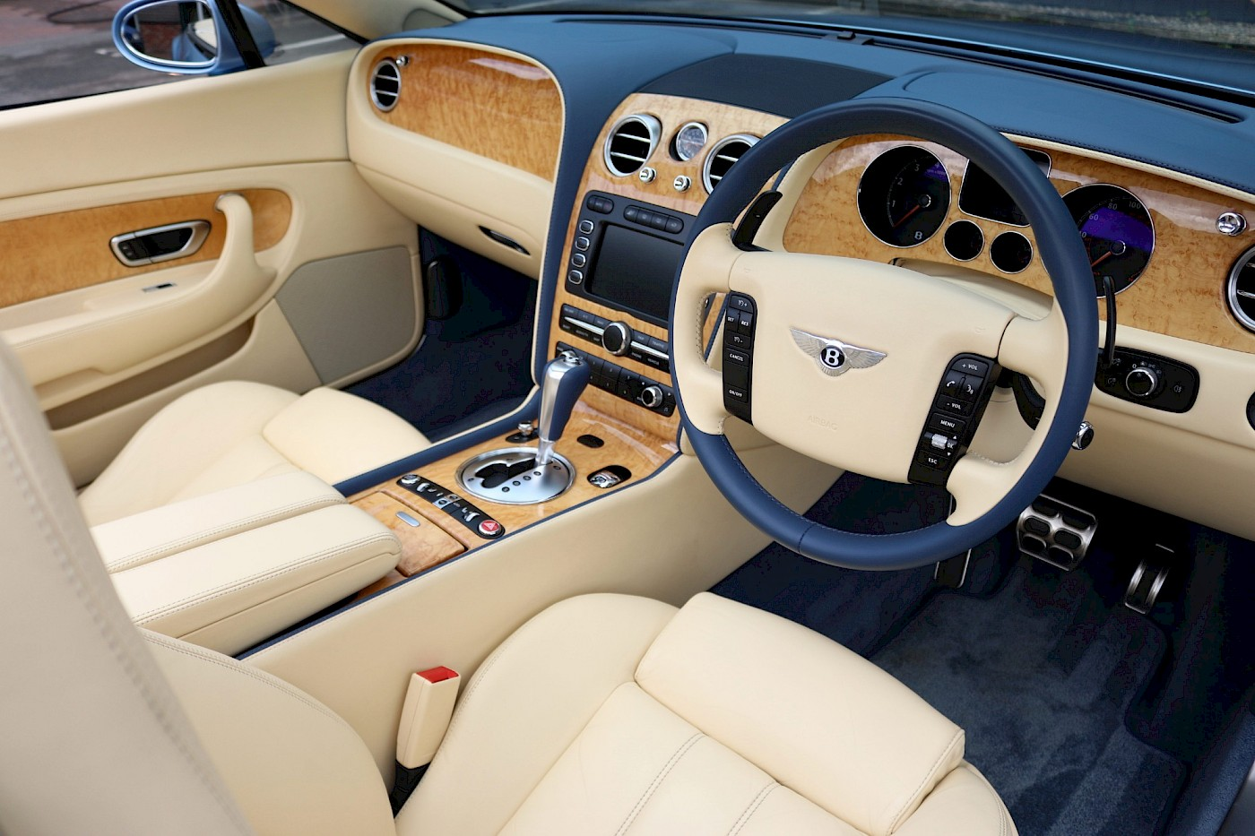 2006/56 Bentley Continental GTC 24