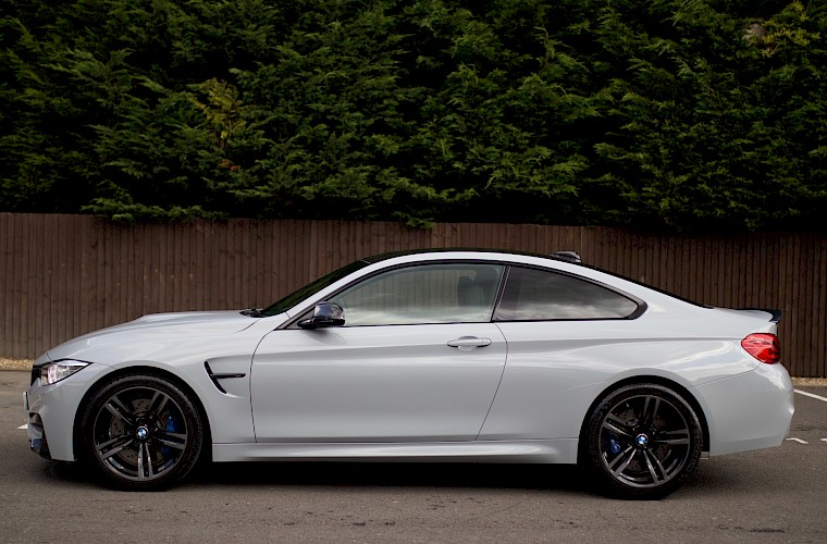 2014/14 BMW M4 Coupe DCT 11