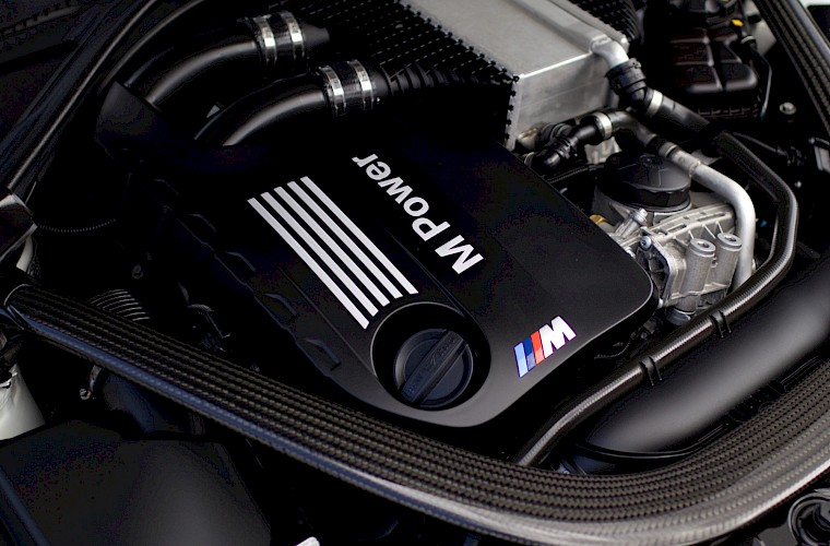 2014/14 BMW M4 Coupe DCT 32