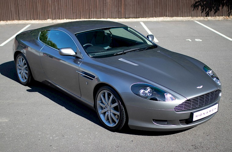 2004/54 Aston Martin DB9 Coupe 1
