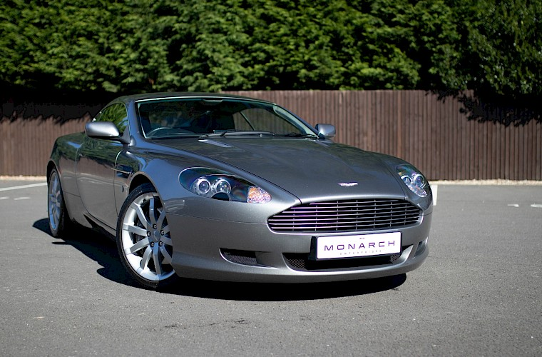 2004/54 Aston Martin DB9 Coupe 7