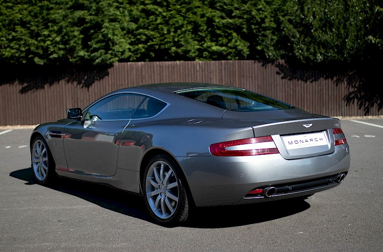 2004/54 Aston Martin DB9 Coupe 15