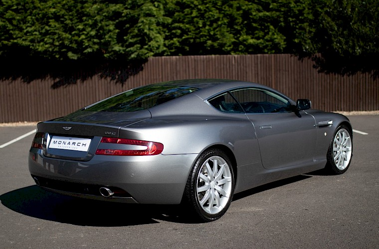 2004/54 Aston Martin DB9 Coupe 14