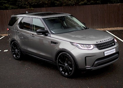 2017/17 Land Rover Discovery First Edition TD6