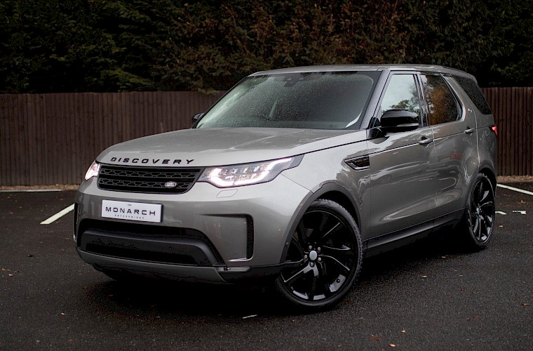 2017/17 Land Rover Discovery First Edition TD6 4