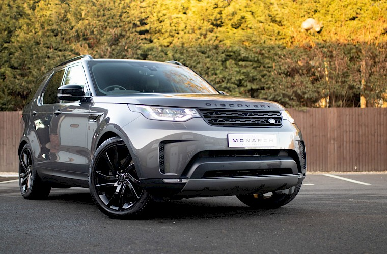 2017/17 Land Rover Discovery HSE TD6 3.0 7